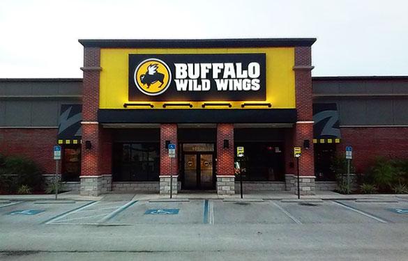 Buffalo Wild Wings – Outside
