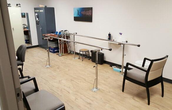 Hanger Clinic – Inside